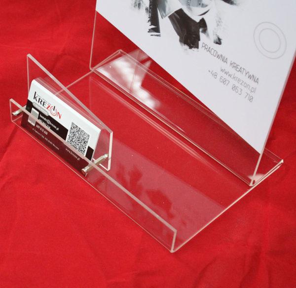 stojak z plexi z kieszonką na dole na wizytówki 2